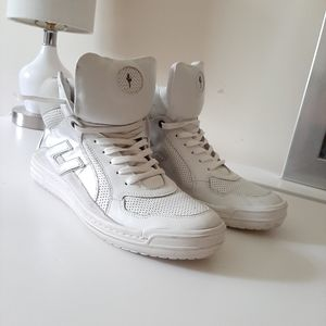 4US Cesare Paciotti Hi-Top Sneakers